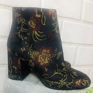 Ankle boots 2 1/2in block heel floral